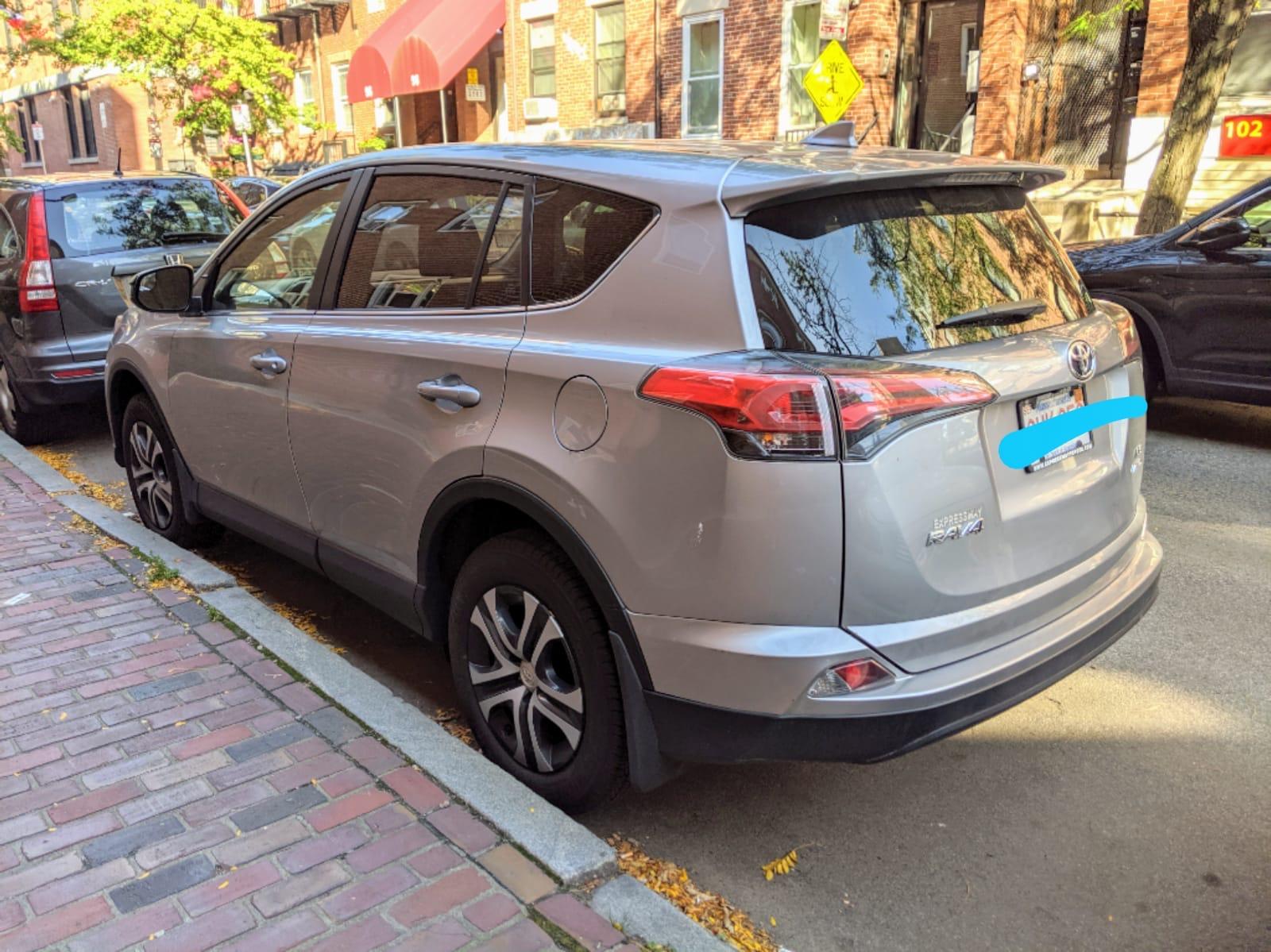 2018 Toyota RAV4 - photo 3