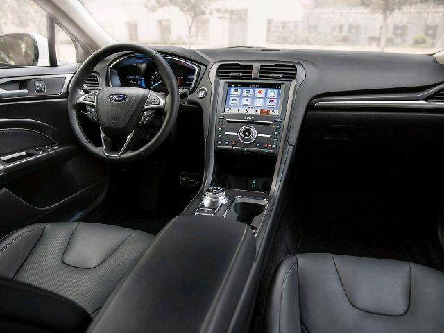1999 Chevrolet Prizm - photo 1