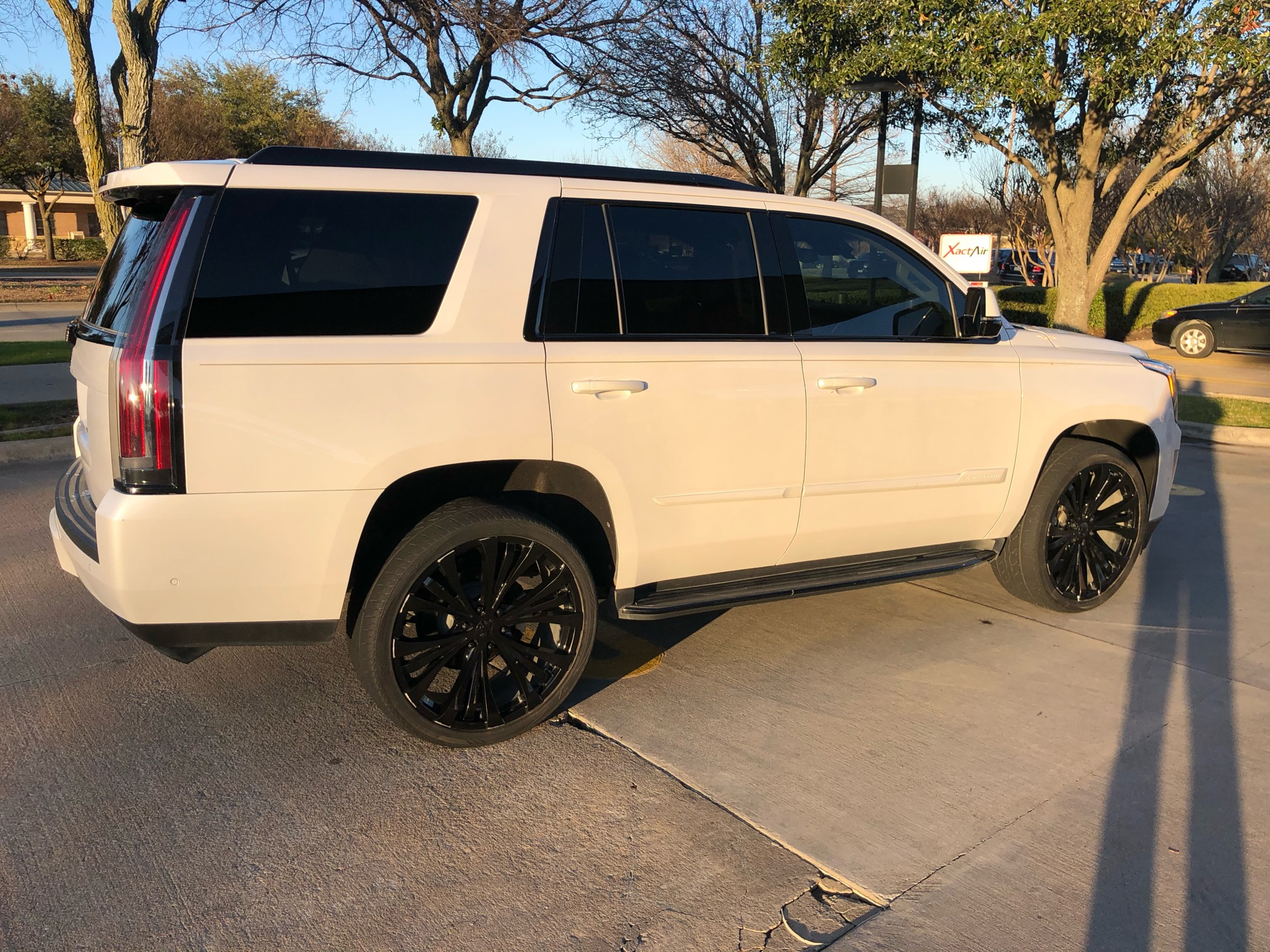 2018 Cadillac Escalade - photo 0