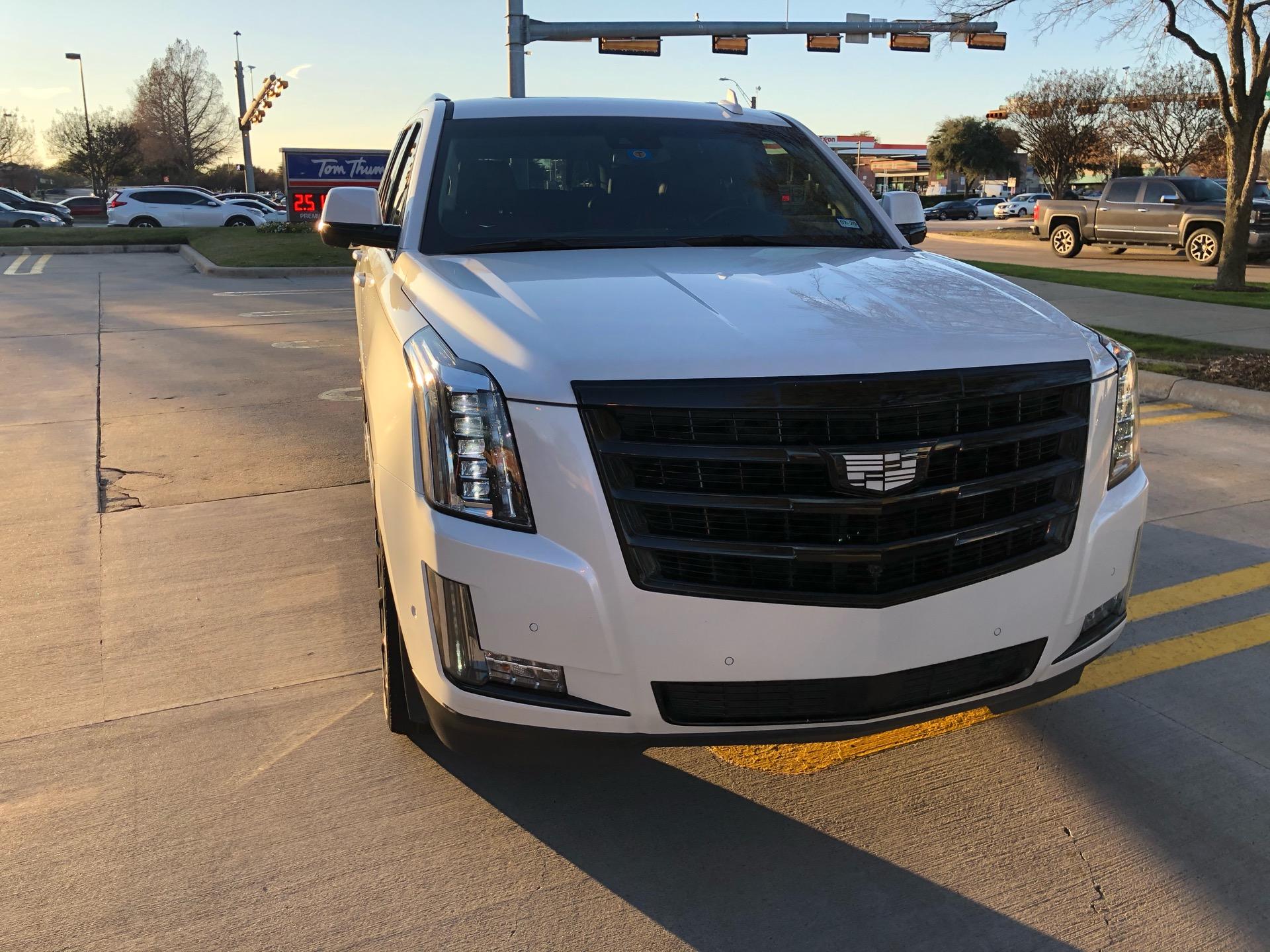 2018 Cadillac Escalade - photo 1