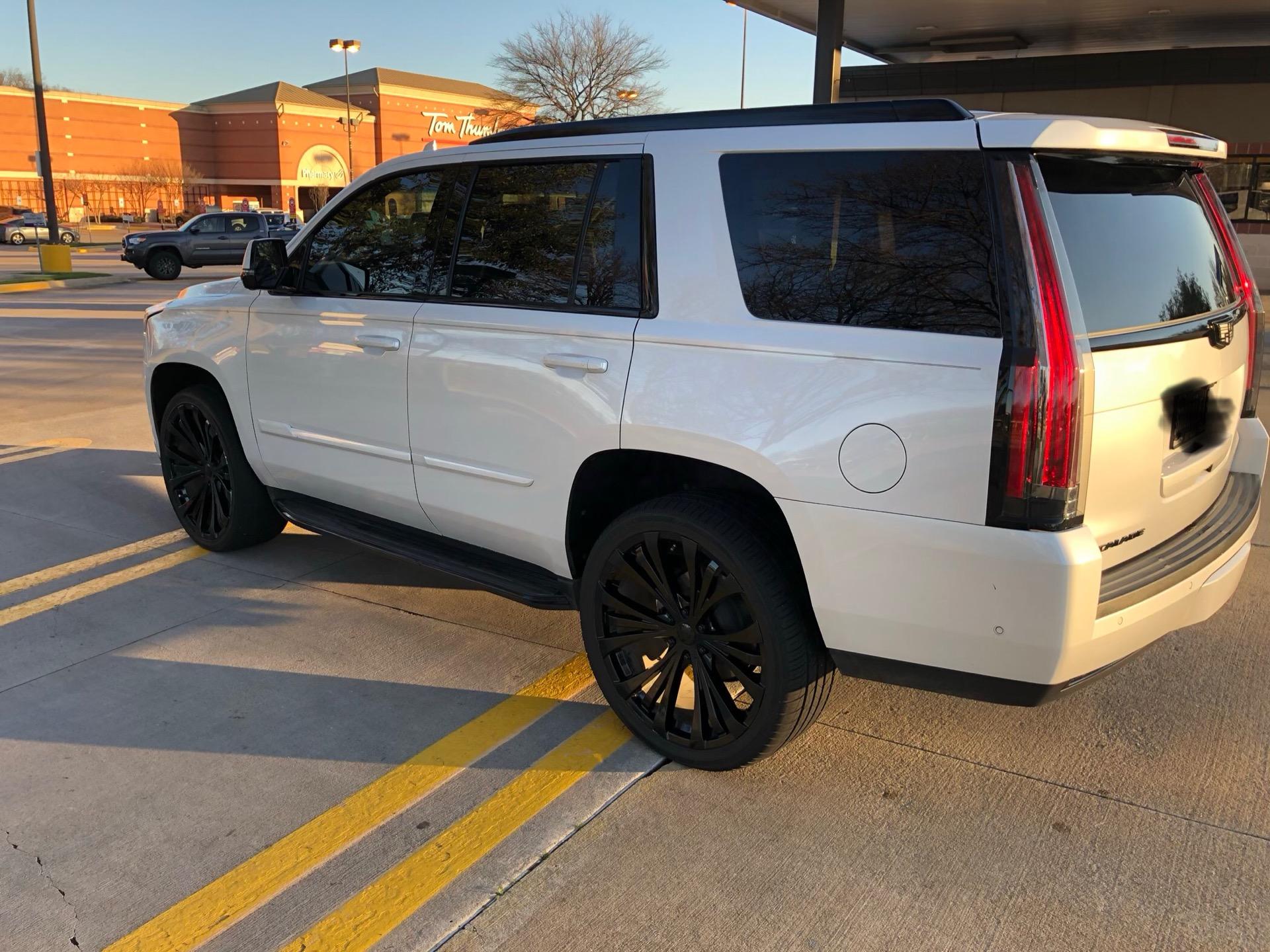 2018 Cadillac Escalade - photo 3