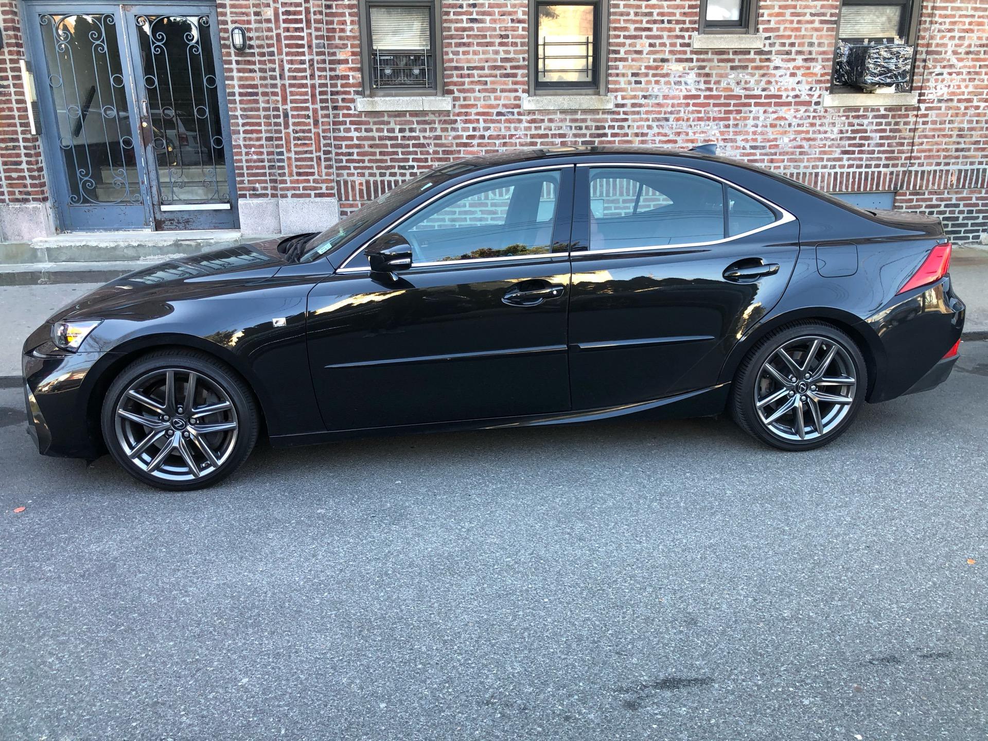 2018 Lexus IS 300 - photo 1