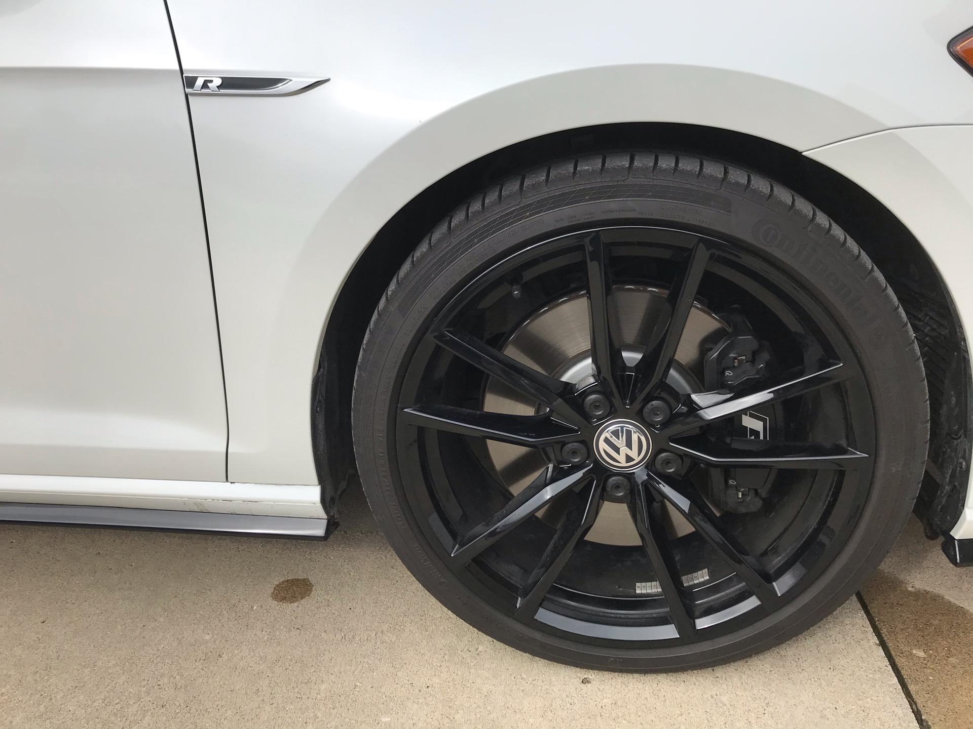 2019 Volkswagen Golf R - photo 3
