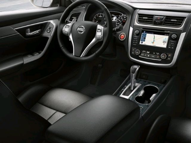 2019 Nissan Altima - photo 1