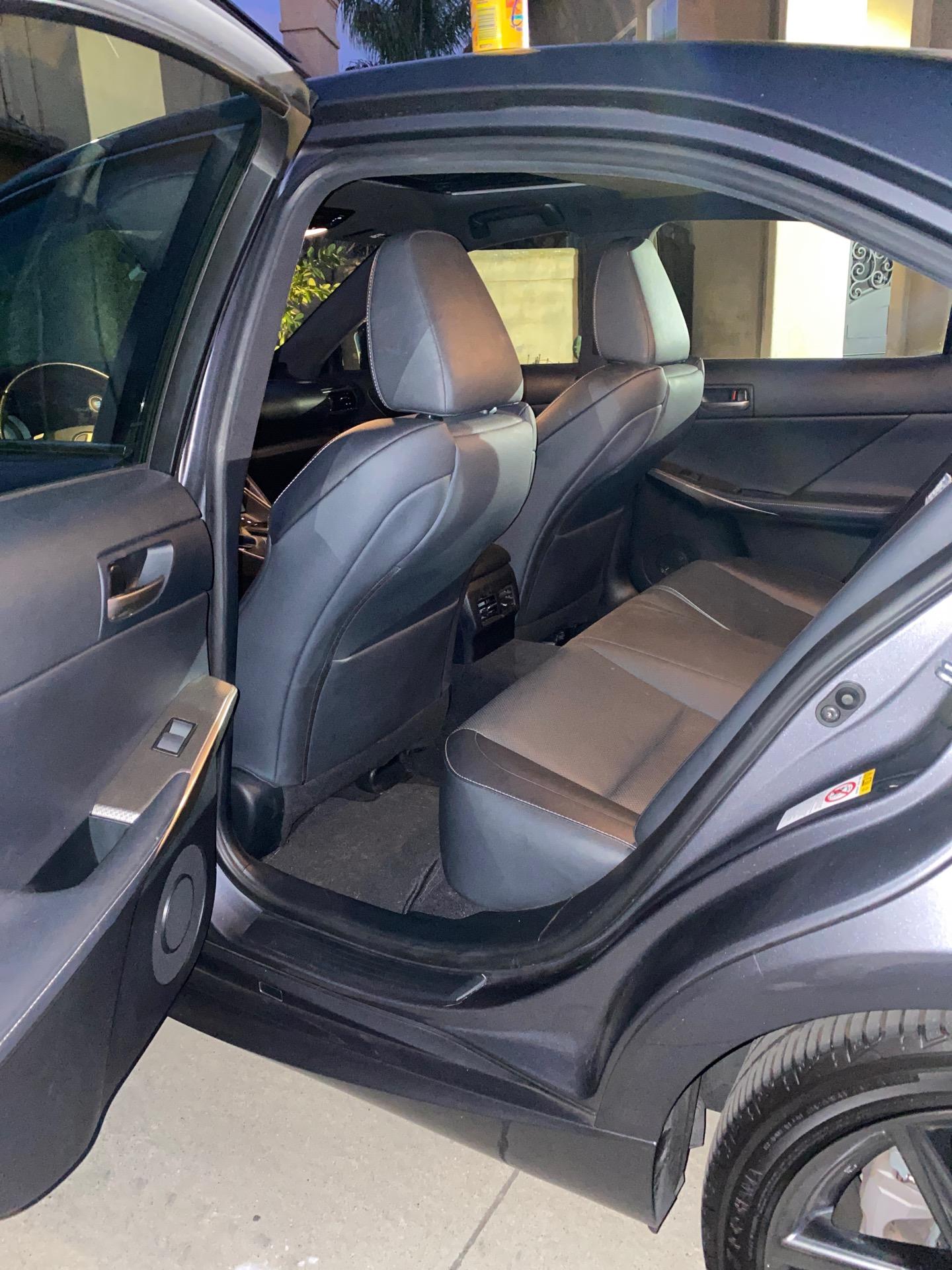 2018 Lexus IS 300 - photo 6
