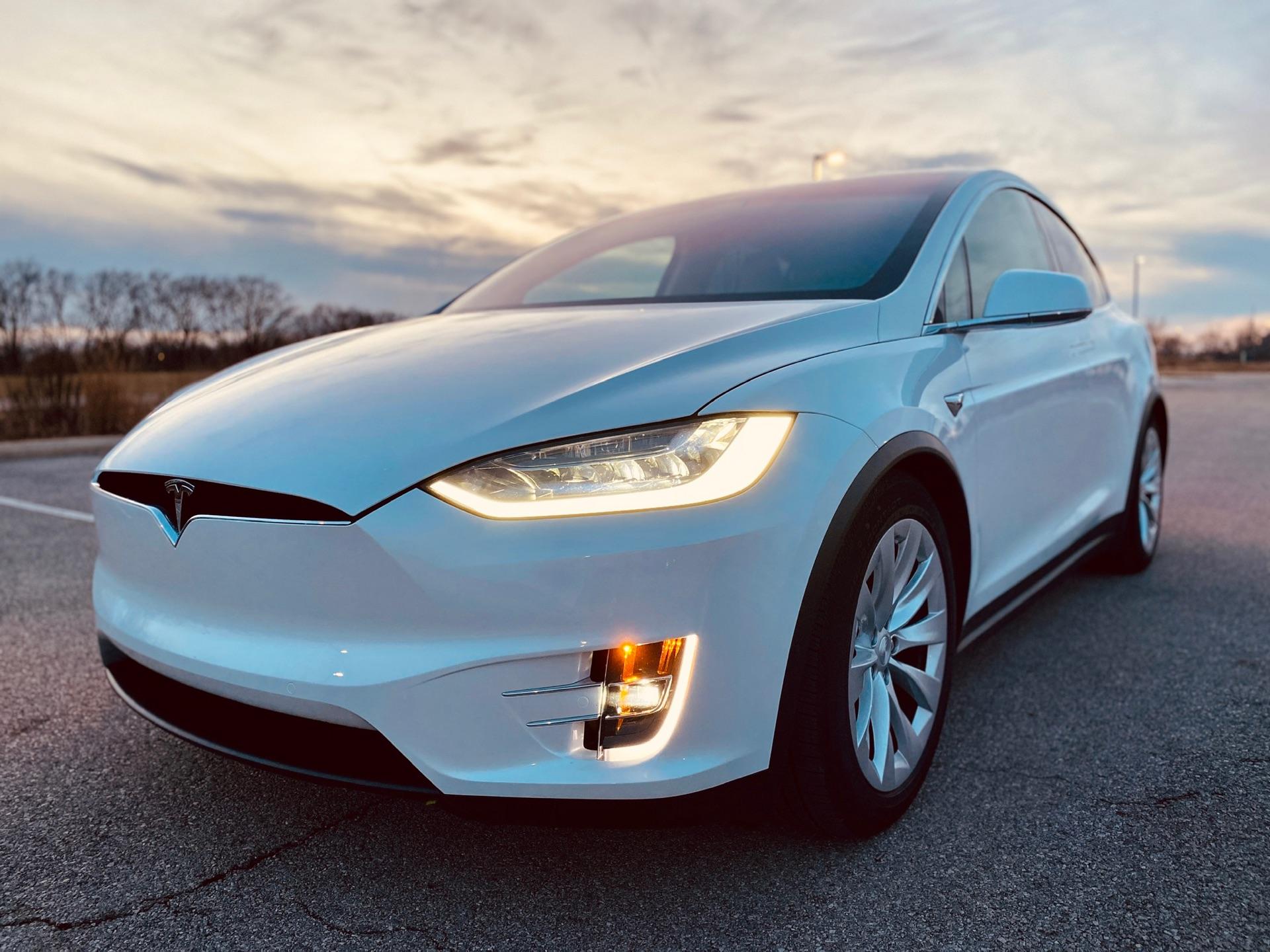 2019 Tesla Model X - photo 2