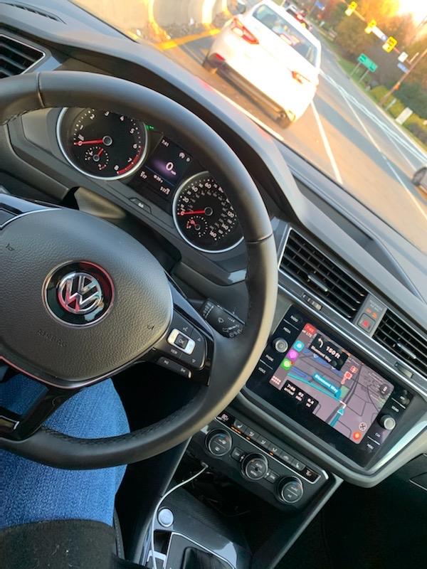 2019 Volkswagen Tiguan - photo 1