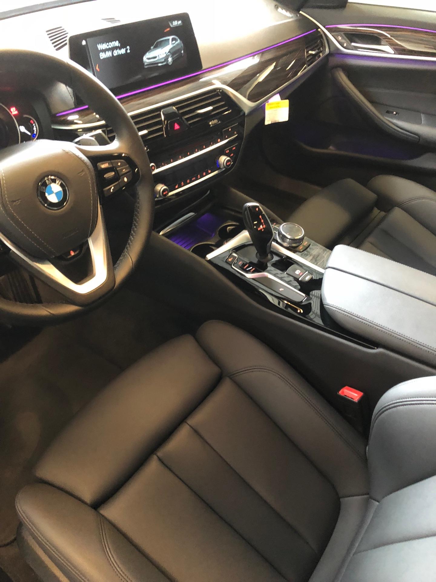 2018 BMW 5 Series - photo 7