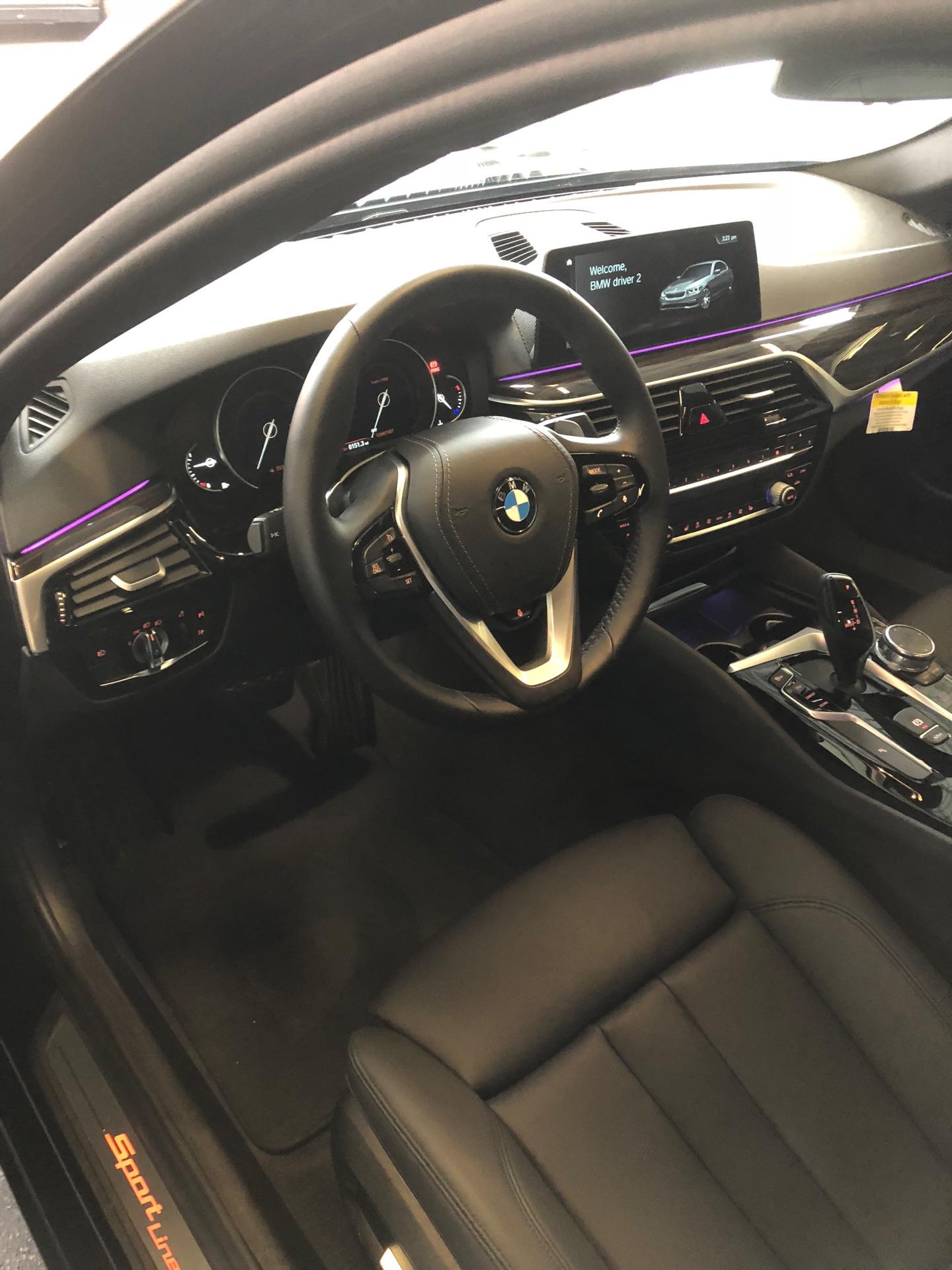 2018 BMW 5 Series - photo 6