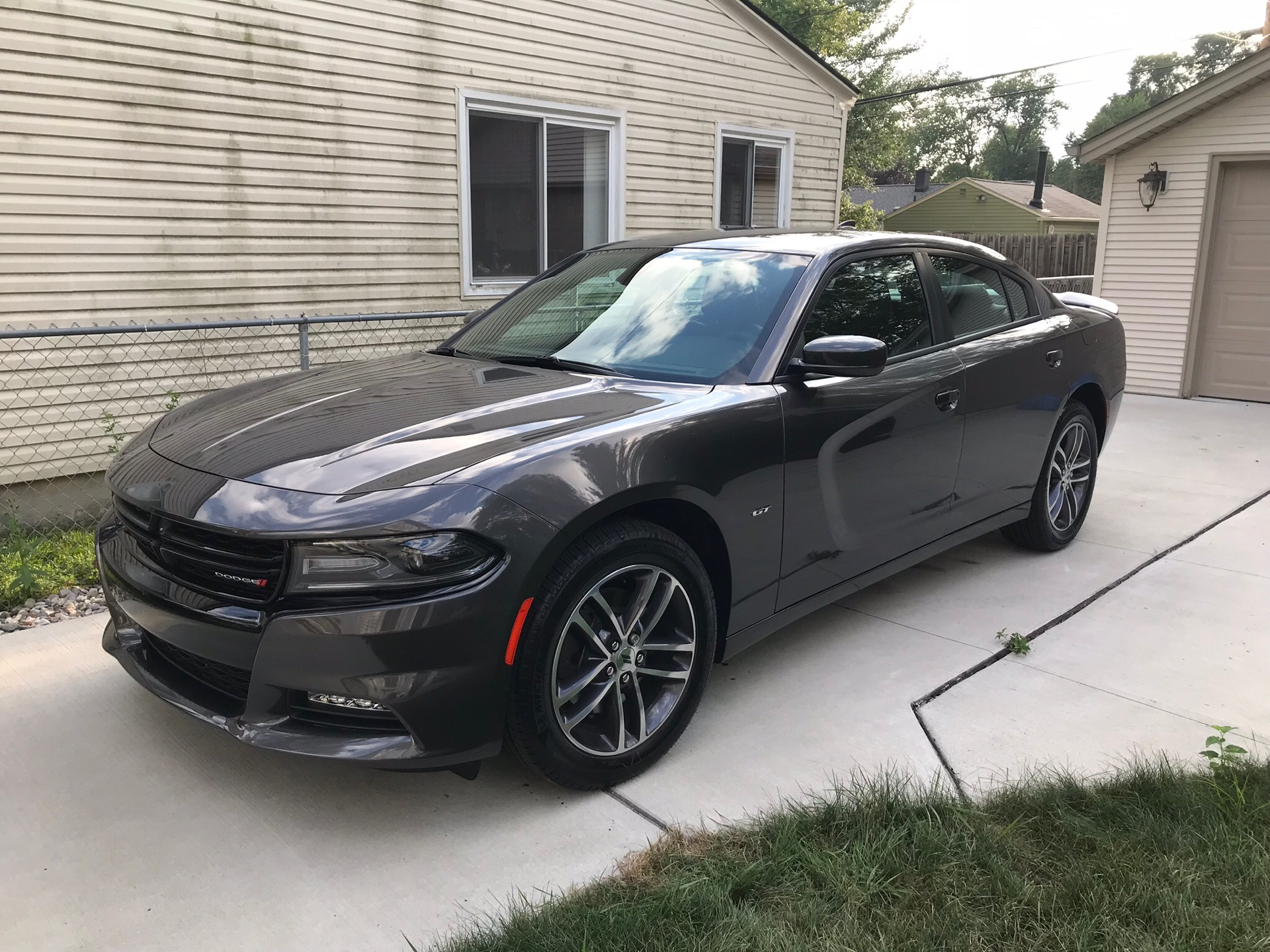 2018 Dodge Charger - photo 1