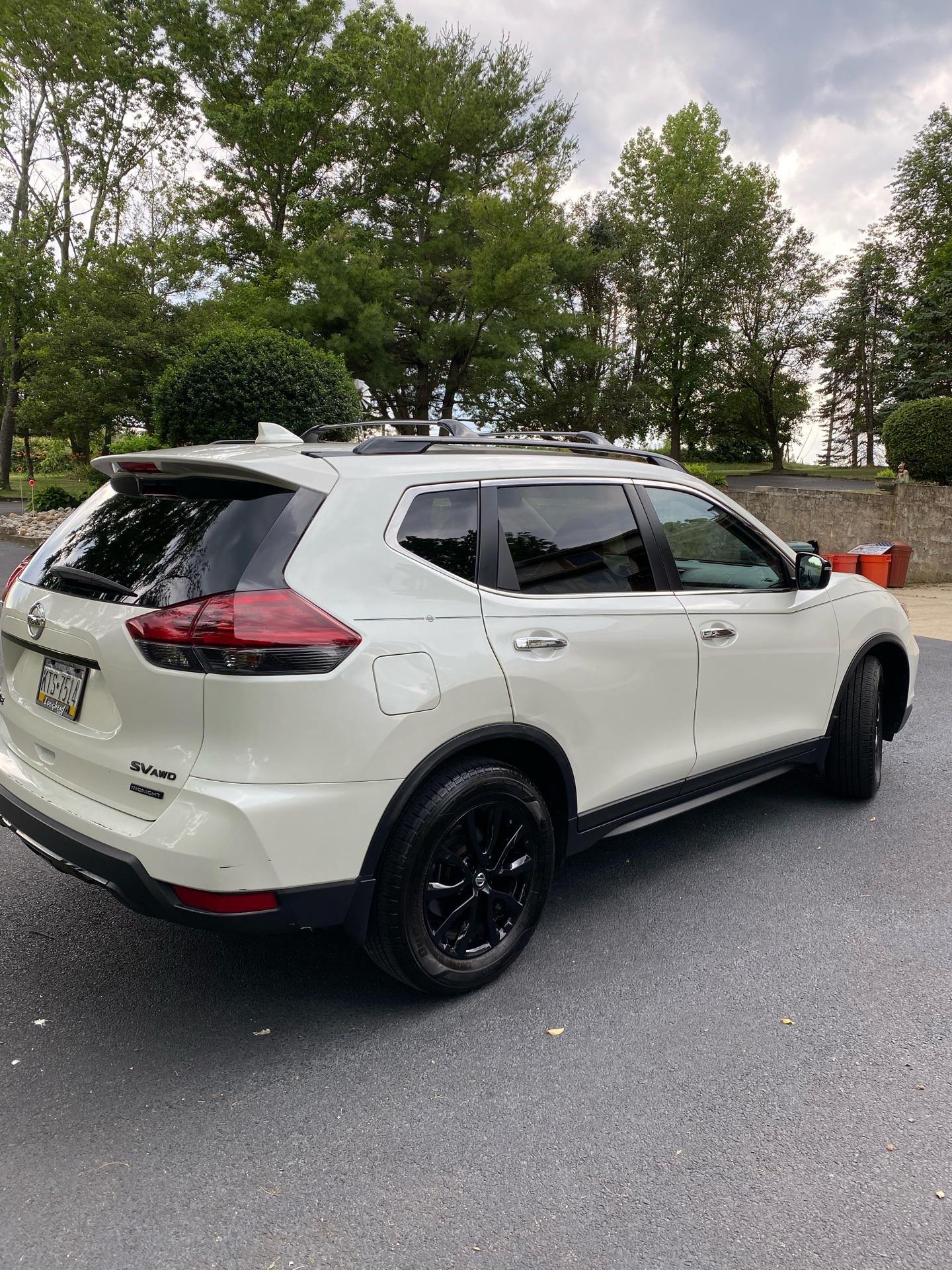 2018 Nissan Rogue - photo 2