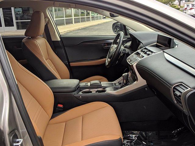 2019 Lexus NX 300 - photo 2