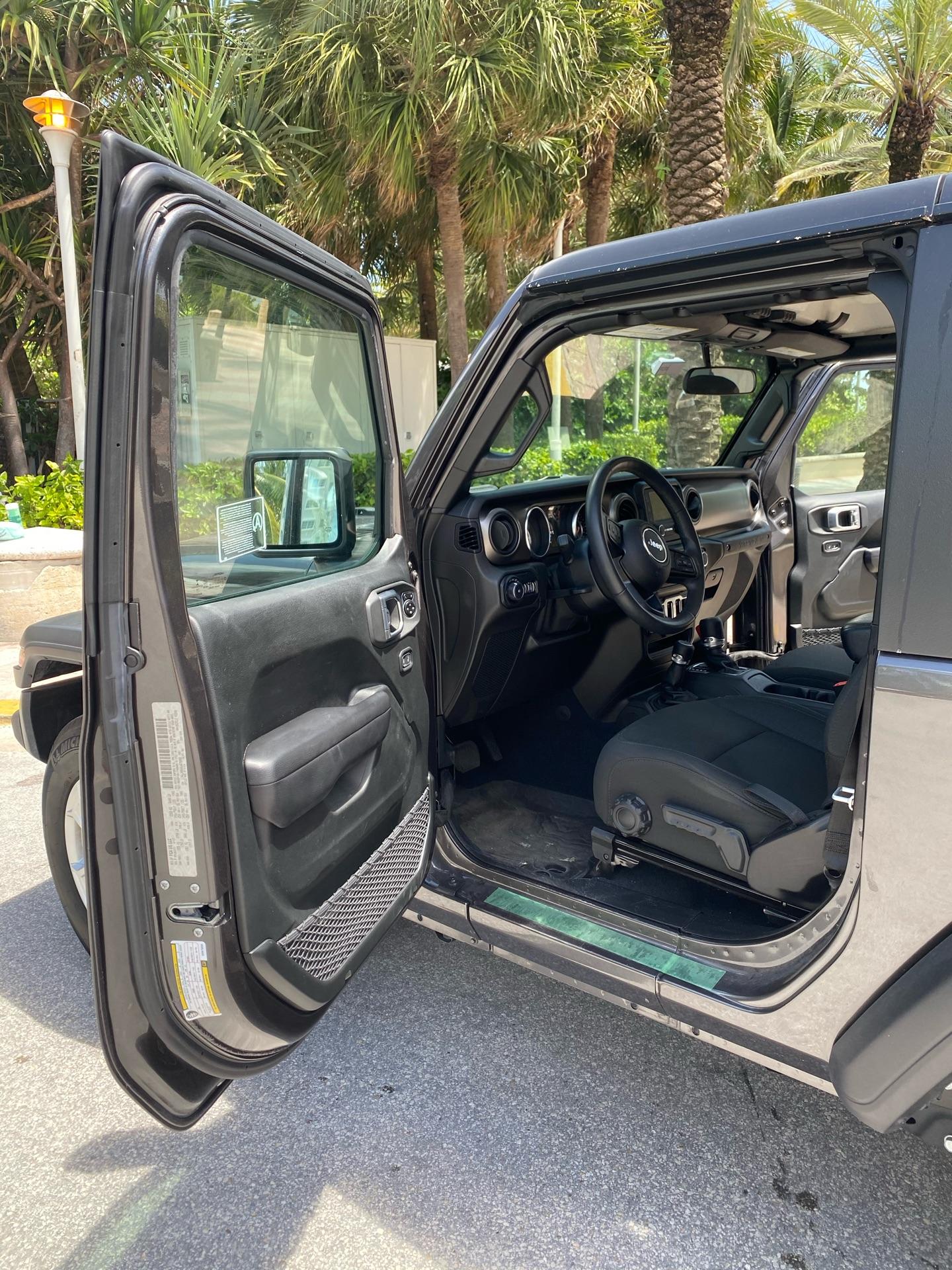 2019 Jeep Wrangler - photo 5