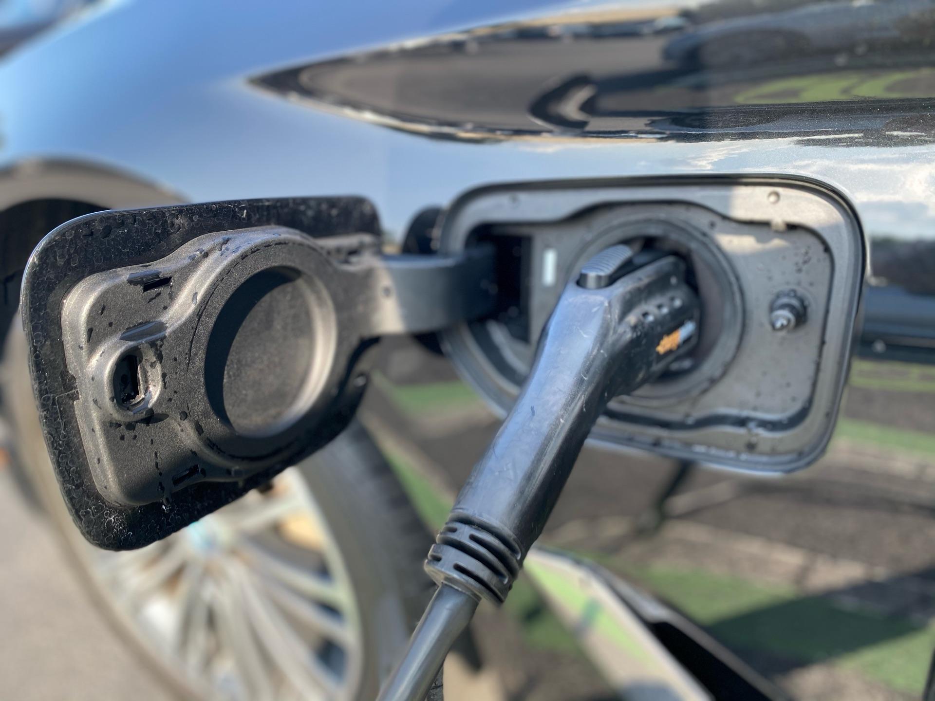 2019 BMW 5 Series - photo 6