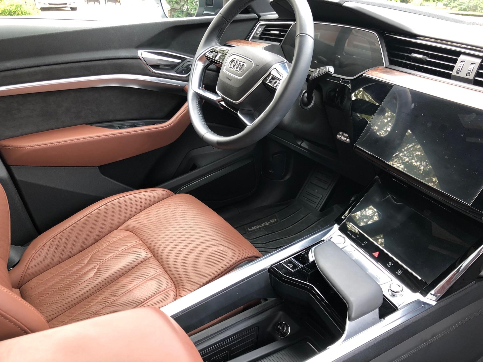 2019 Audi e-tron - photo 4
