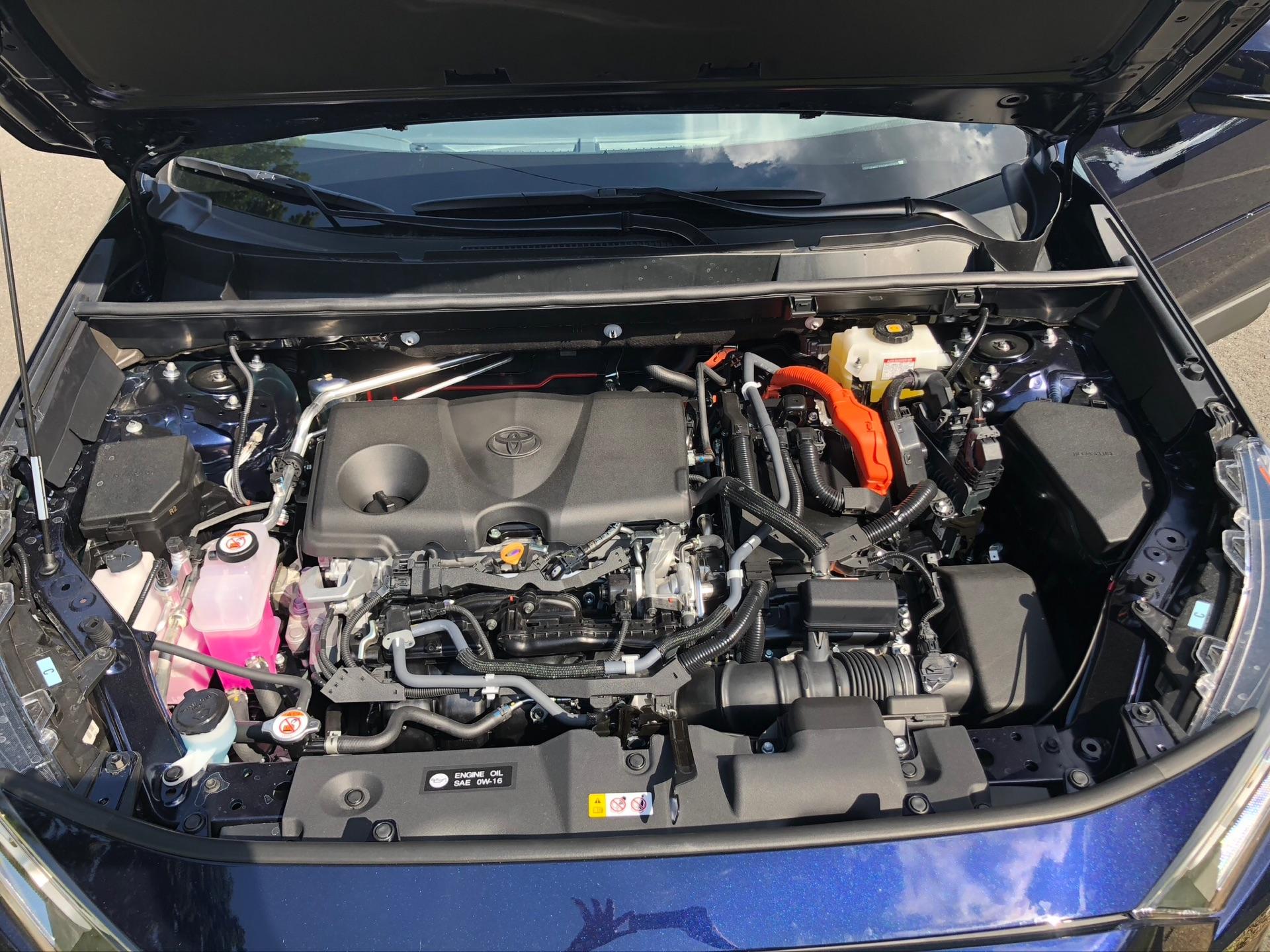 2019 Toyota RAV4 Hybrid - photo 1
