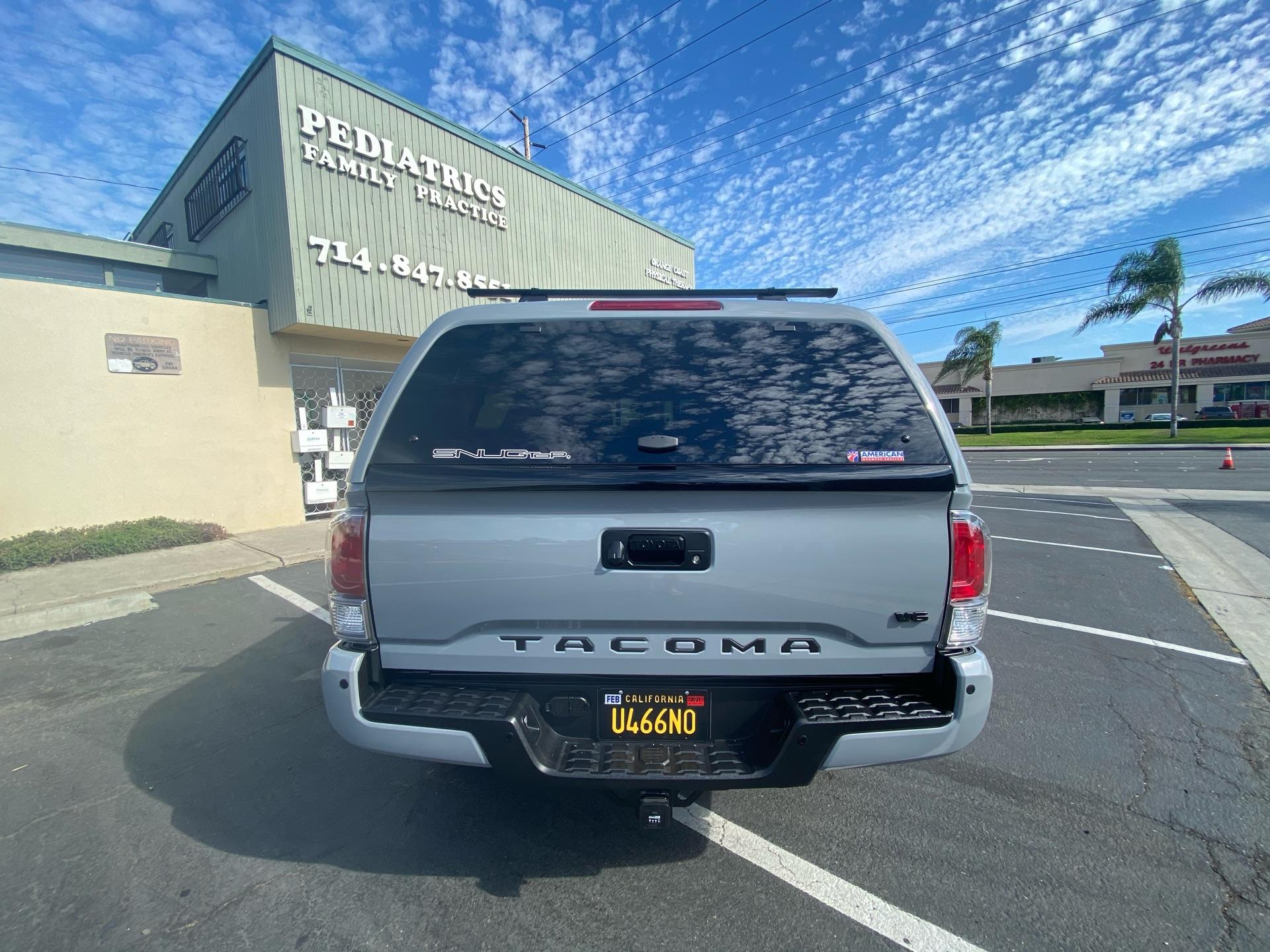 2020 Toyota Tacoma - photo 2