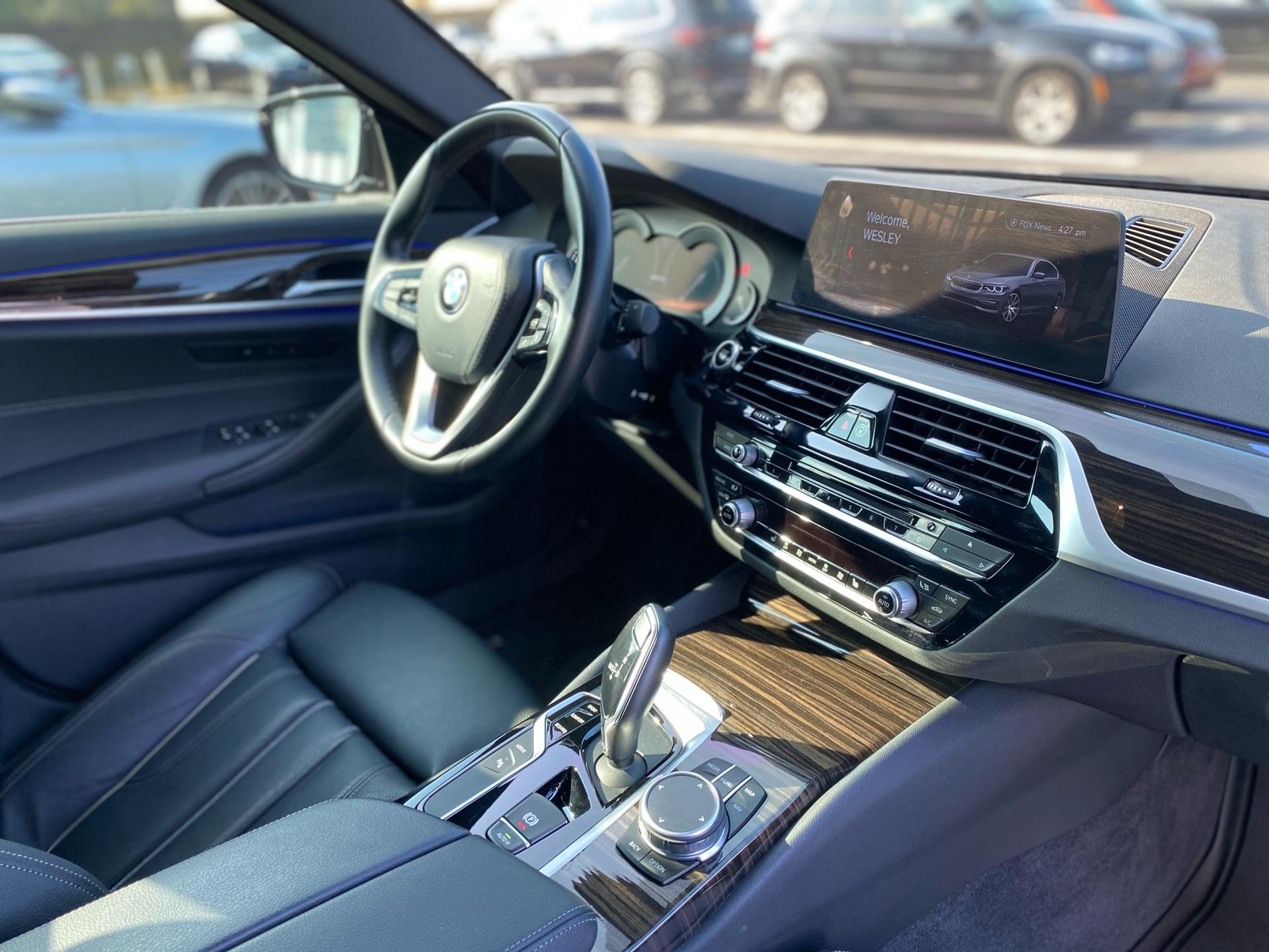 2019 BMW 5 Series - photo 7