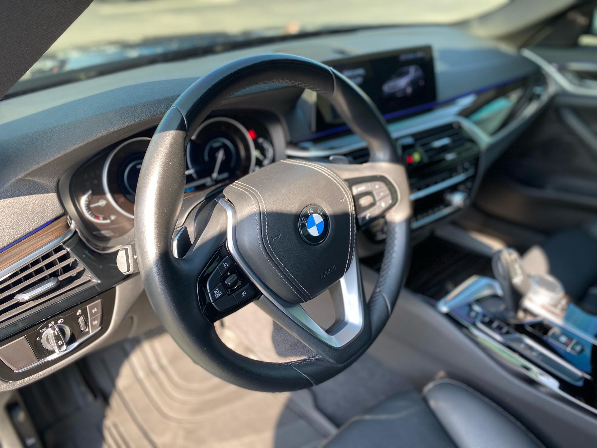 2019 BMW 5 Series - photo 4