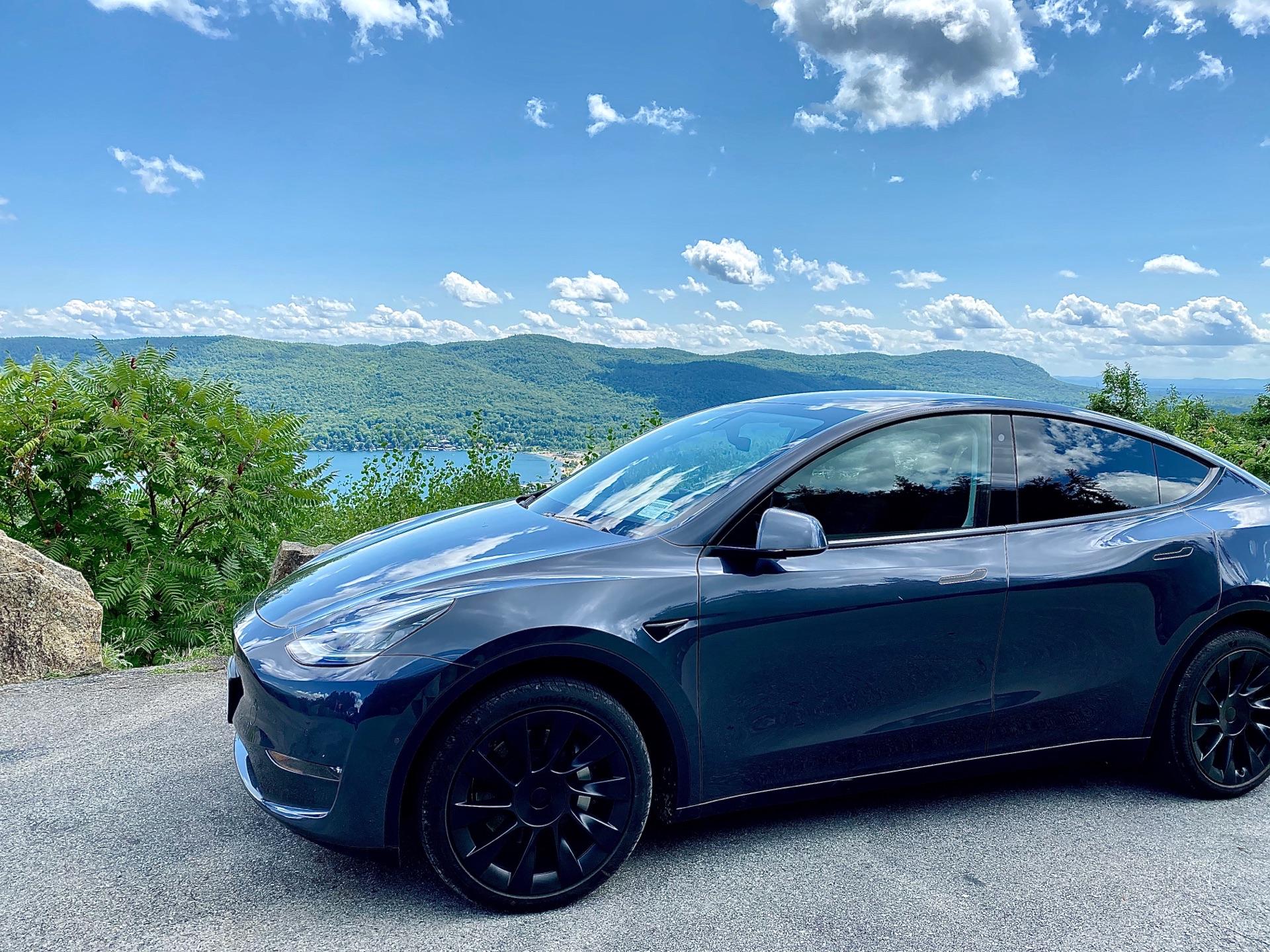 2020 Tesla Model Y - photo 0