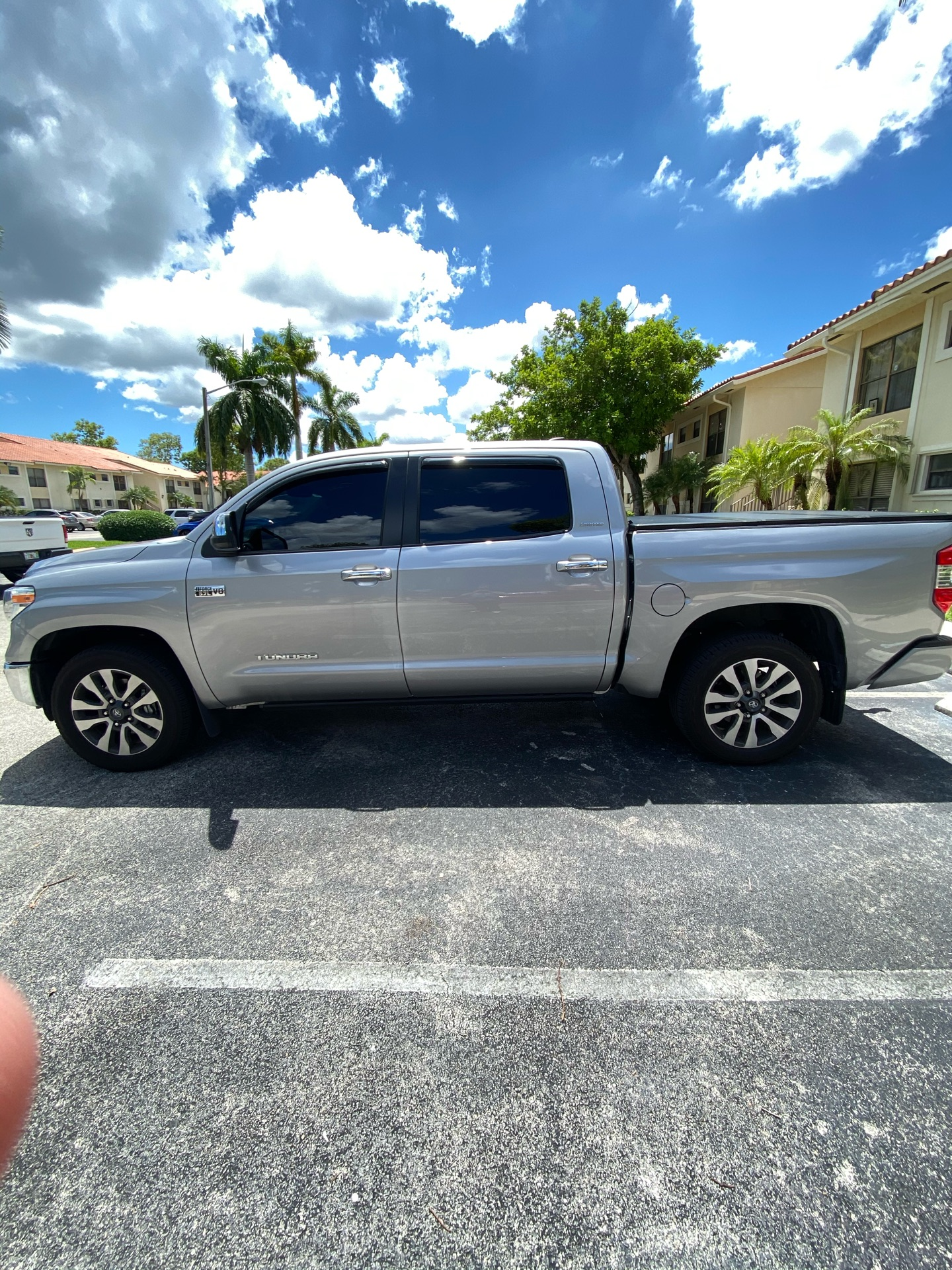 2020 Toyota Tundra - photo 0