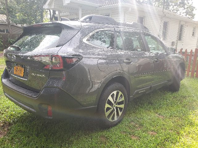 2020 Subaru Outback - photo 2