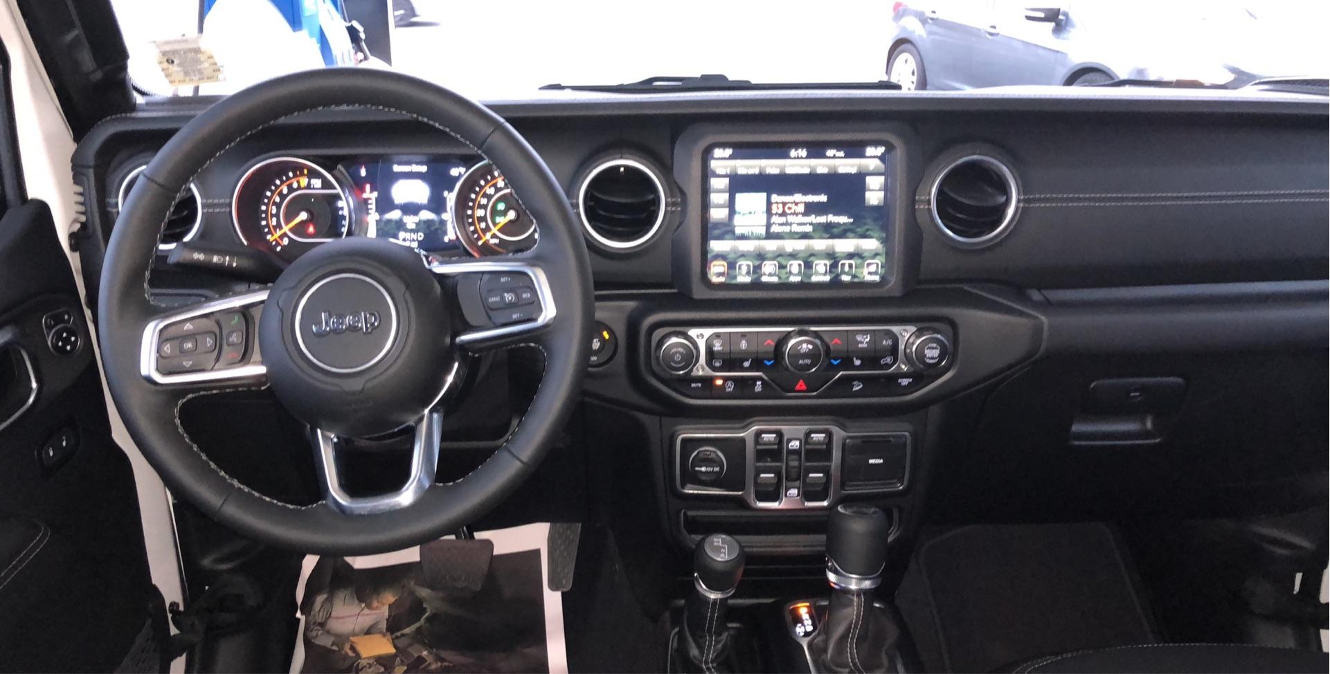 Jeep Wrangler Unlimited - photo 3