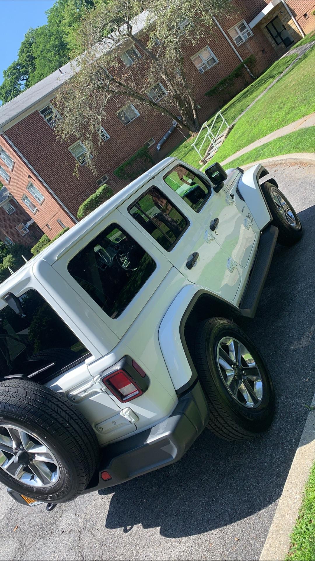 Jeep Wrangler Unlimited - photo 2