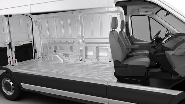 Ford E-Series Cargo - photo 1
