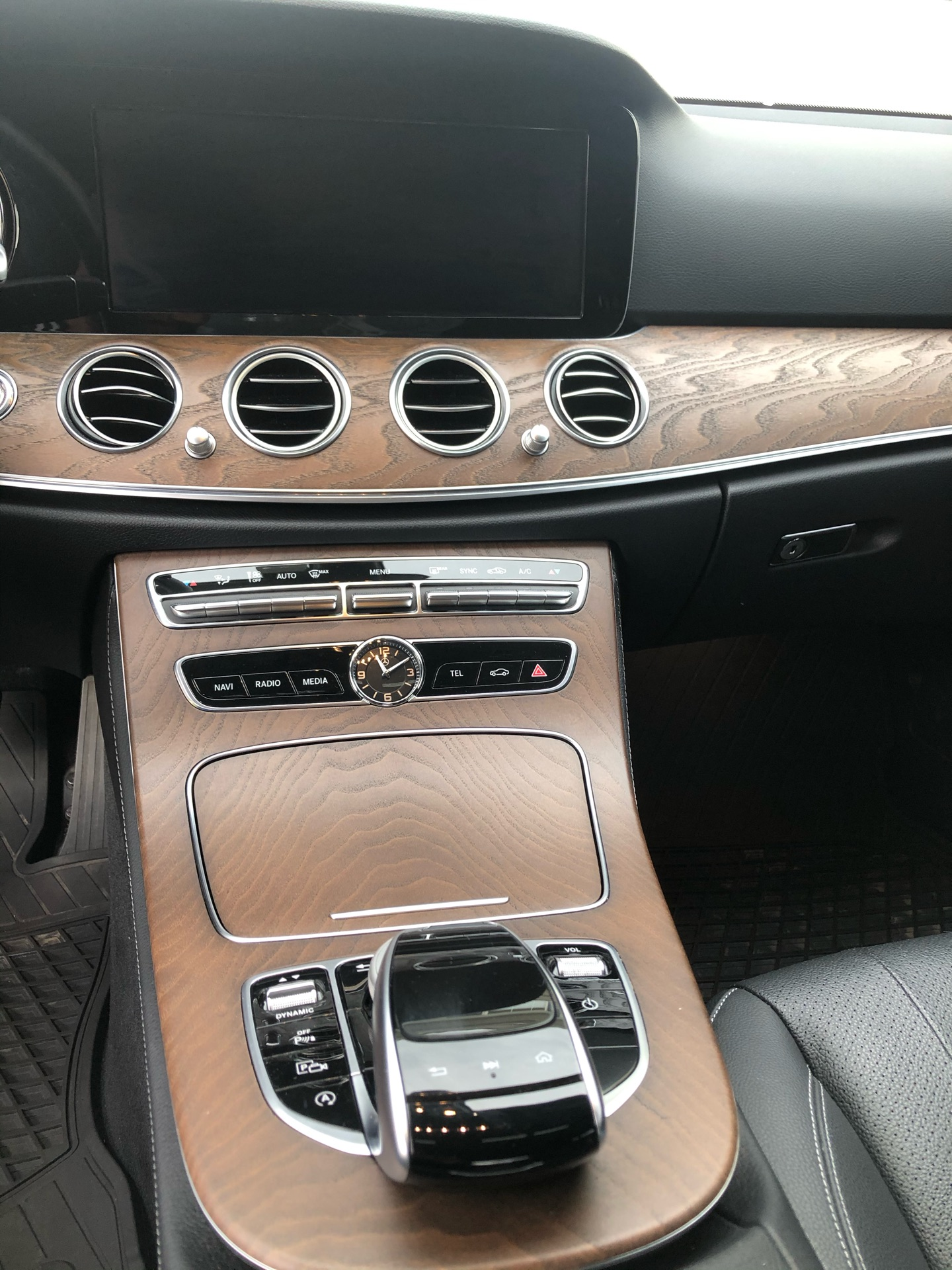 2018 Mercedes-Benz E-Class - photo 7