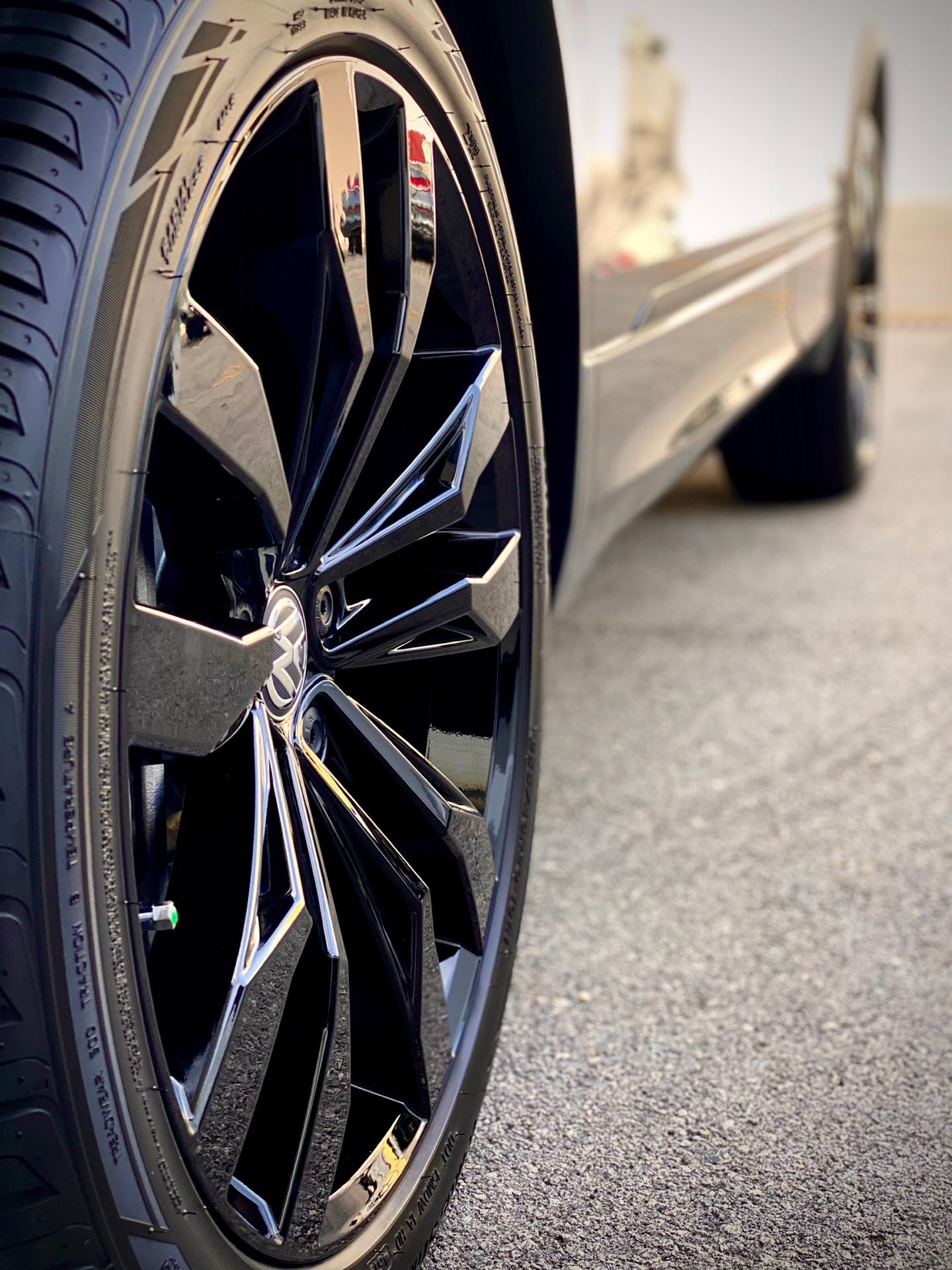 2020 Volkswagen Tiguan - photo 4
