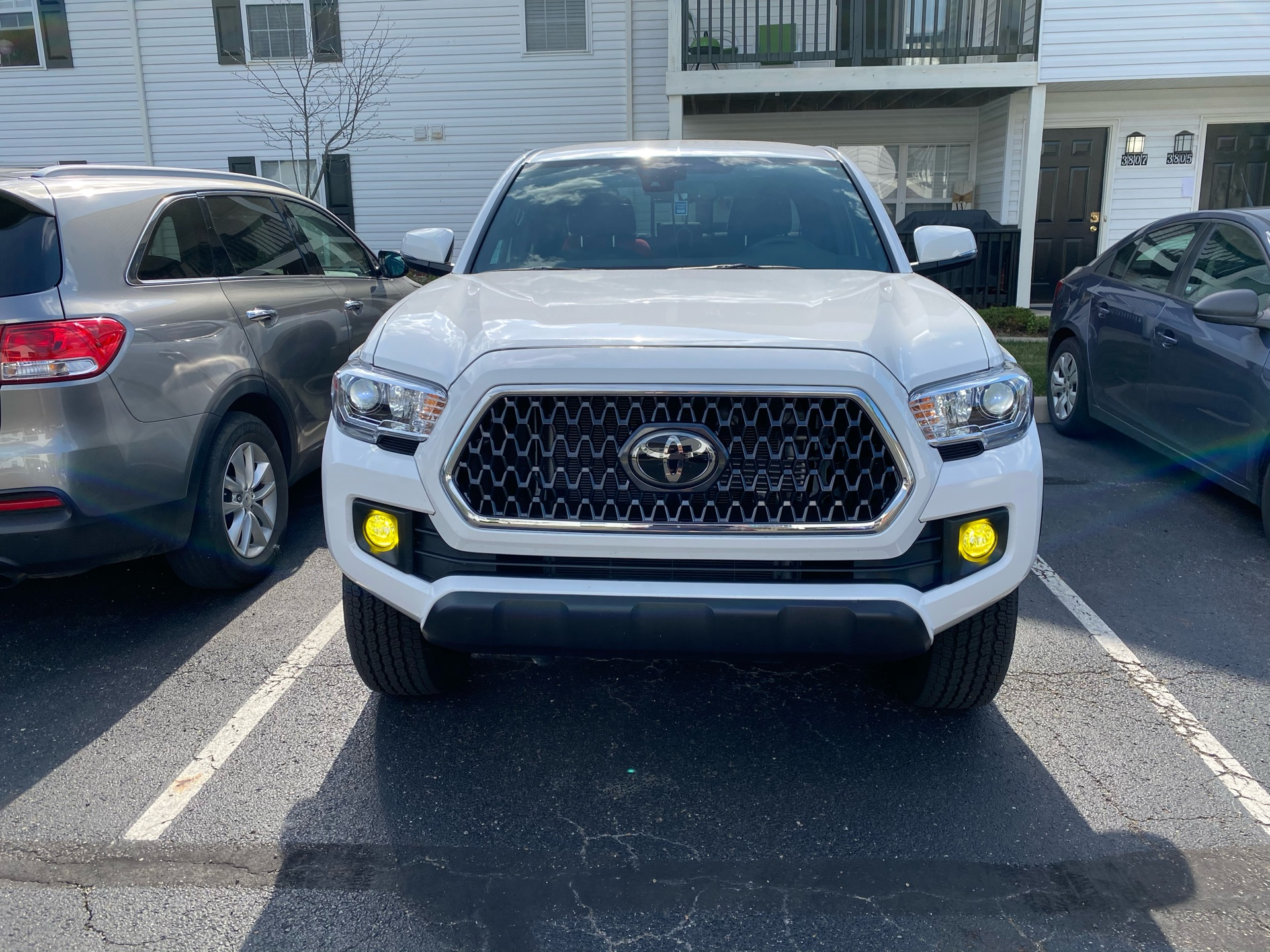 2019 Toyota Tacoma - photo 1