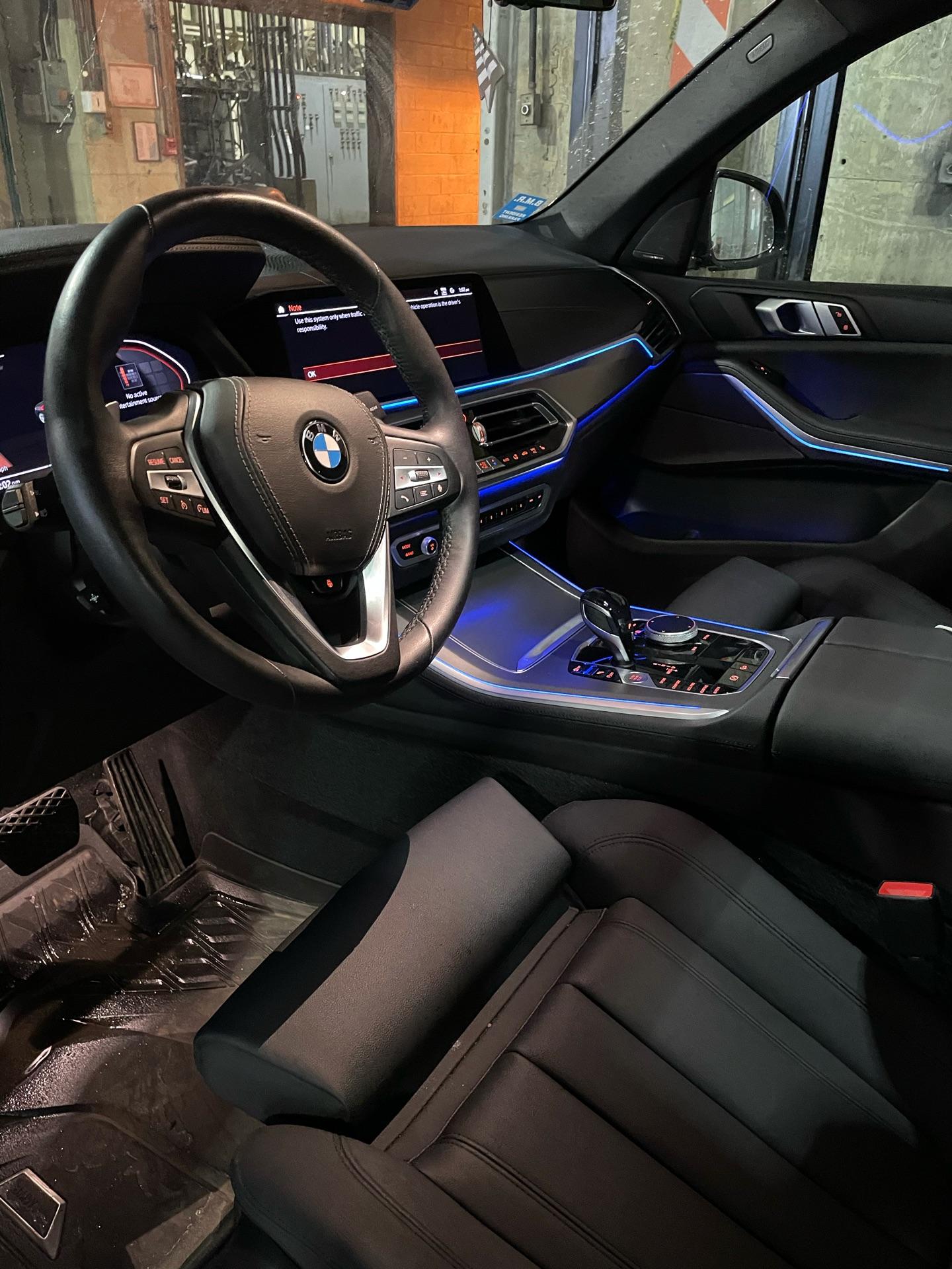 2020 BMW X5 - photo 2