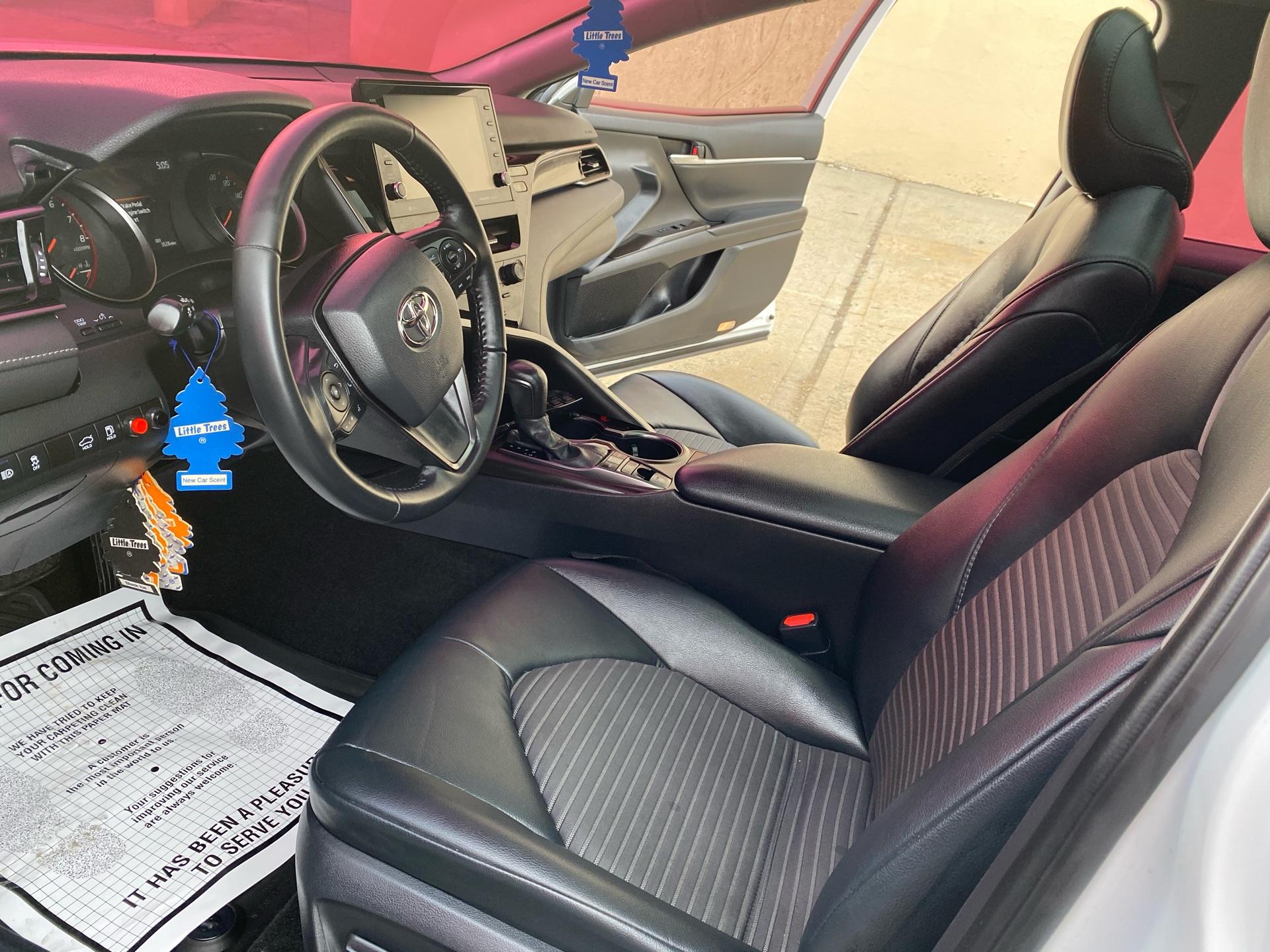 2021 Toyota Camry - photo 5