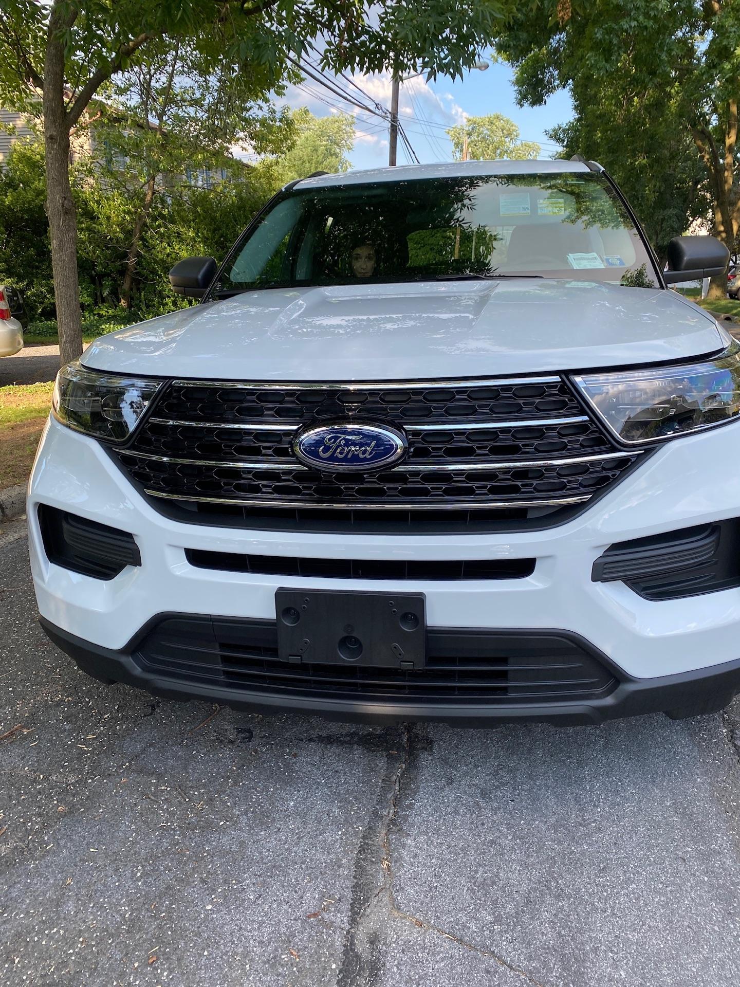 Ford Explorer - photo 0