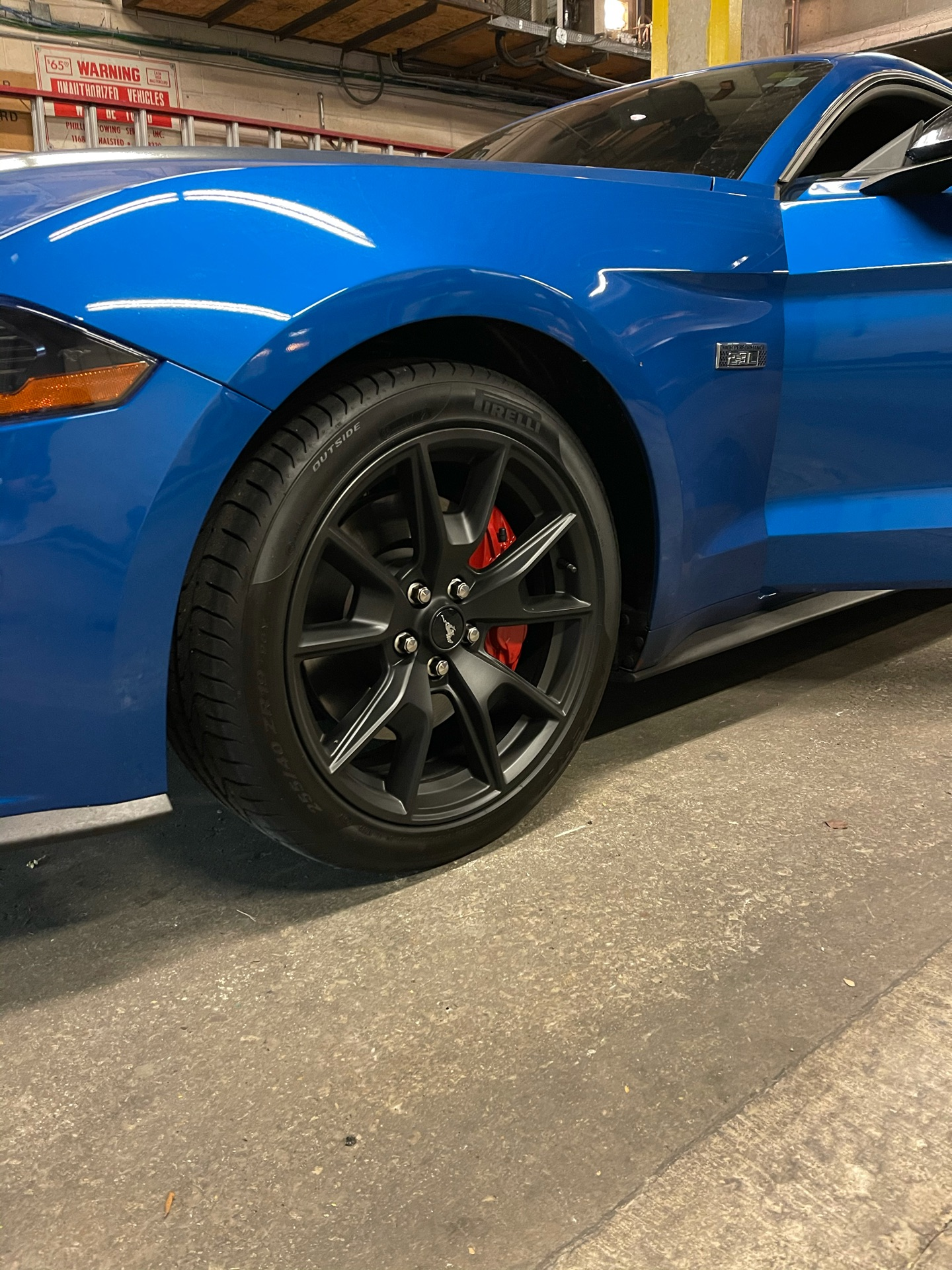 2020 Ford Mustang - photo 3